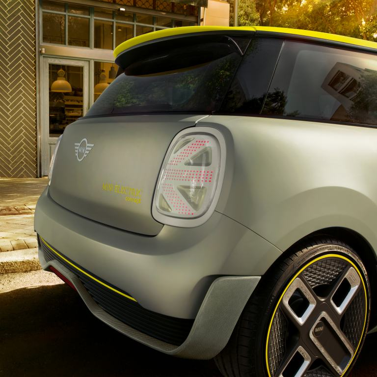 MINI Electric Concept – Close-up rear view